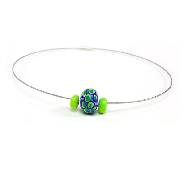 collier BLOUP-BLOUP en perles de verre bleu pâle, Caroline Ouellette