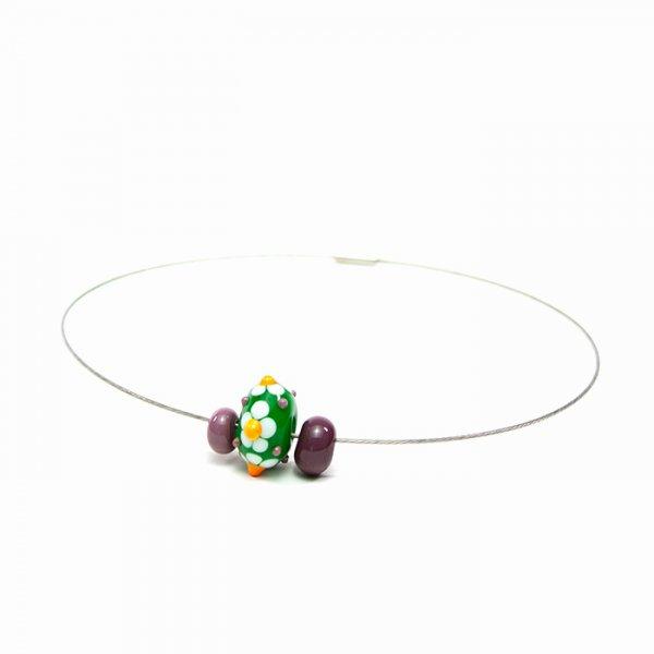 collier MARGUERITE en perles de verre verte et violette, Caroline Ouellette