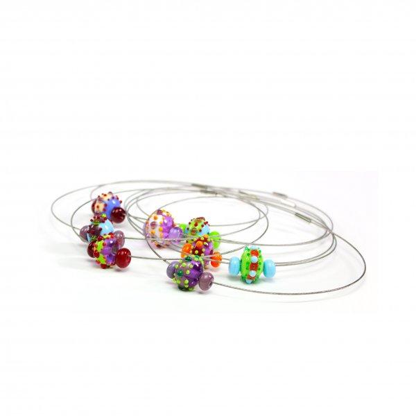 colliers BABOUCHKA en perles de verre colorées, Caroline Ouellette