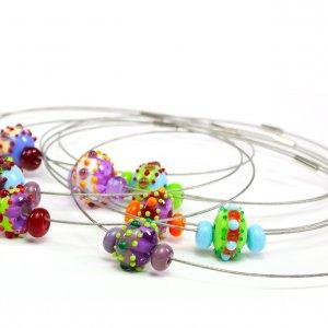 Décorations et bijoux en verre